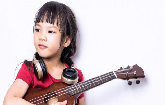 چگونه موسیقی میتواند به رشد یادگیری کودک کمک کند